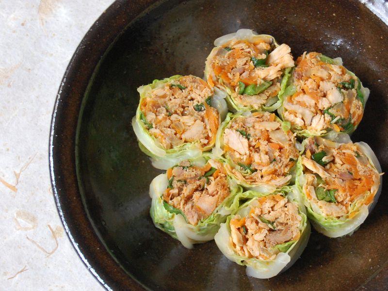 Spicy turkey in cabbage wrap