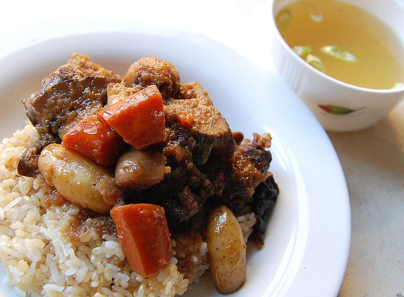 Oxtail stew with oxtail broth