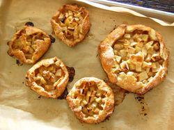 Free Style Apple Pies!