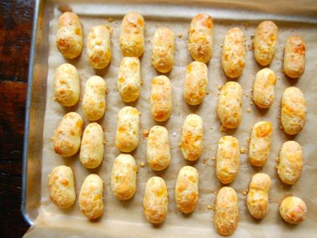 Cheddar Cheese Puff Fingers - s h i n s h i n e
