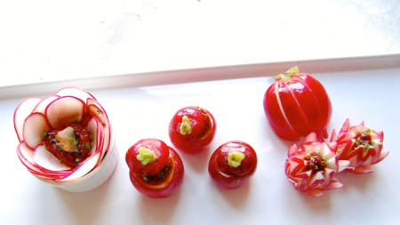 Radishes with Seasoned Gochujang Sauce