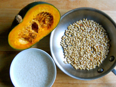 Main ingredients for pumpkin soup - Kabocha, pine nuts and sushi rice