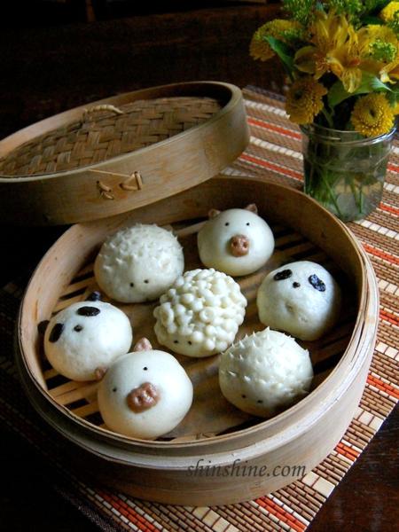 Mini Steamed Buns (찐빵 jjin bbang) - panda, porcupine, piggy and lamb